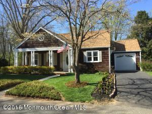 20 Swan Lake Park, Freehold, NJ 07728