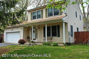 45 Dockage Rd, Bayville, NJ 08721