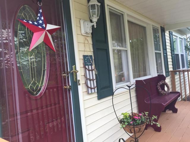 616 Lawrence Ave, Toms River, NJ 08757