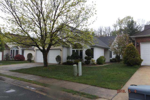 1758 Sweetbay Dr, Toms River, NJ 08755