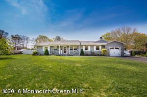 433 Stony Point Dr, Forked River, NJ 08731
