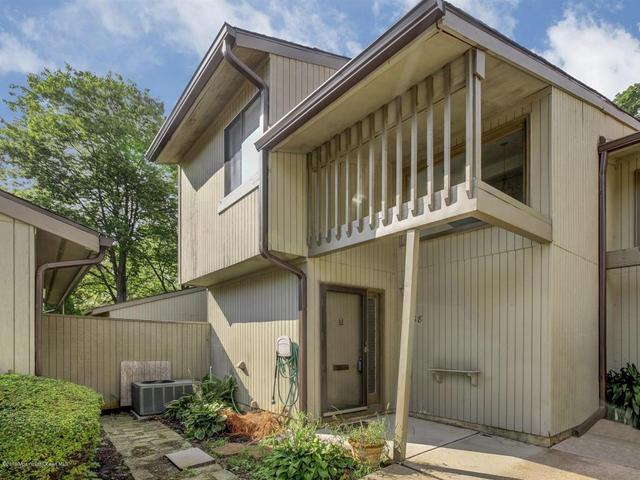 38 Berkshire Ct, Red Bank, NJ 07701