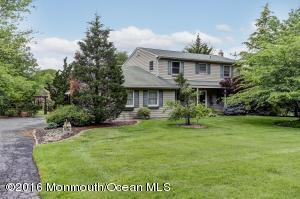 85 Leonard Ave, Middletown, NJ 07748