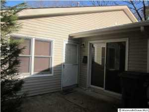 192 Colony Cir #APT 1000, Lakewood NJ 08701