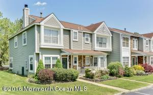 64 Horseshoe Ct, Neptune, NJ