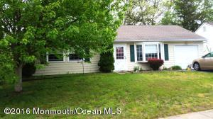 94 Village Dr, Barnegat, NJ 08005