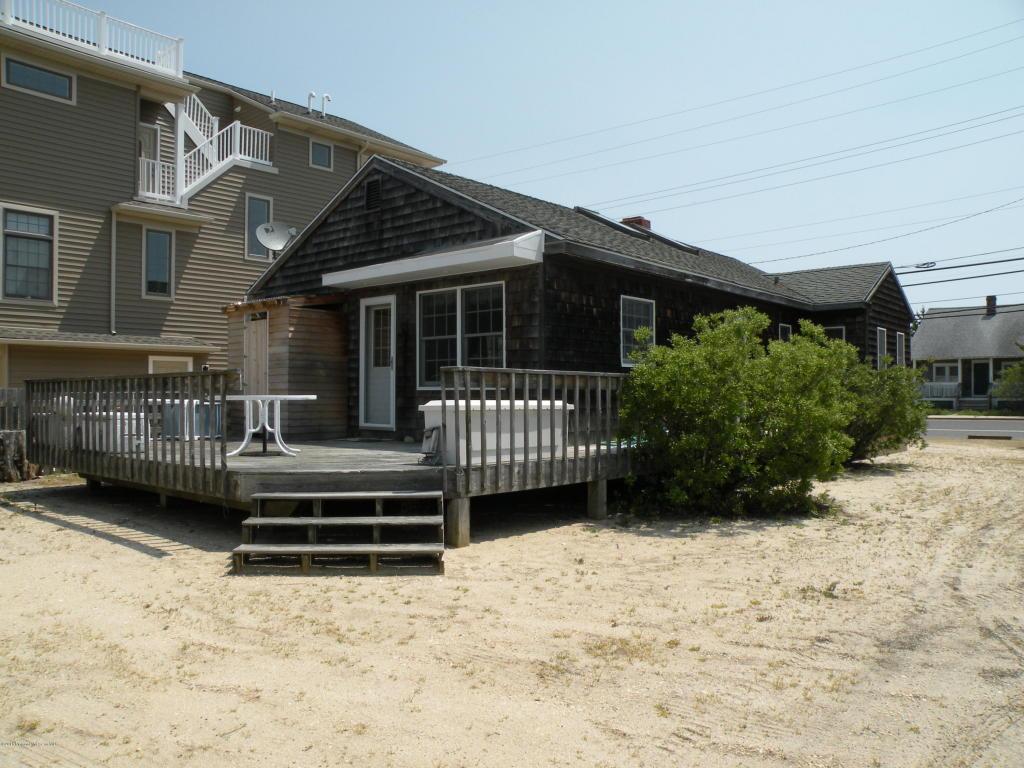 301 Jeffries Avenue, Beach Haven, NJ 08008