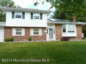 26 Westbrook Rd, Howell, NJ