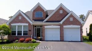 47 Mulberry Dr, Manahawkin, NJ