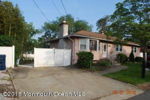 1445 Longboat Ave Beachwood, NJ 08722