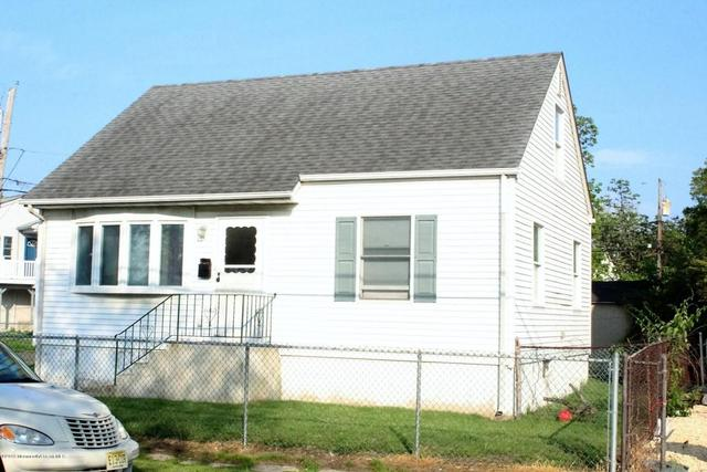 14 Pineview Ave, Keansburg, NJ 07734