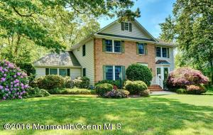 202 Central Ave, Island Heights, NJ 08732