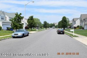 2323 Forest Circle, Toms River, NJ 08755