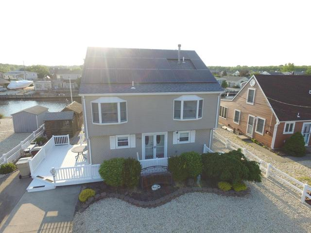 408 Bayview Ave, Bayville, NJ 08721