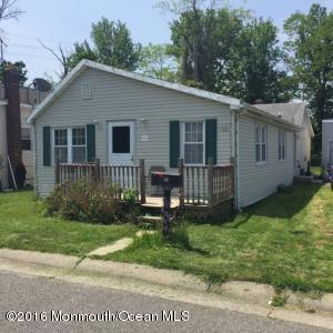 11 Oregon Ave, North Middletown, NJ 07748