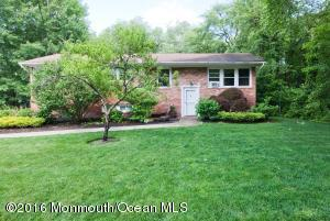 19 Sunset Rd Lakewood, NJ 08701