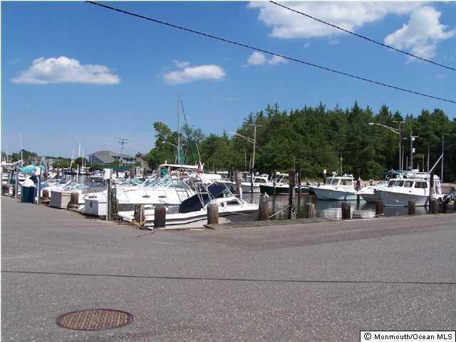209 Lakeside Drive E, Forked River, NJ 08731