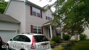 6 Jamie Ct, Neptune City, NJ 07753