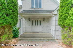 7 Old Cider Mill Road, Manalapan, NJ 07726