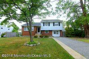 524 Hollywood Ave, Toms River, NJ 08753