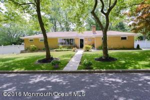 22 Orchard Ave, Holmdel, NJ 07733