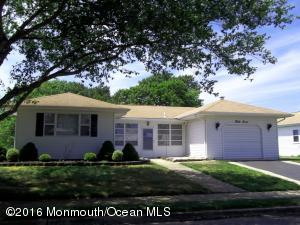 37 Encinitas Drive, Toms River, NJ 08757