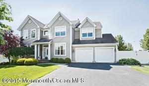 128 Thicket Ct Toms River, NJ 08755