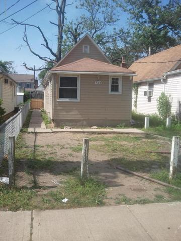 223 Seeley Ave, Keansburg, NJ 07734