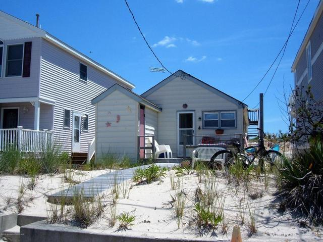 40 Ocean Ave, Seaside Park, NJ 08752