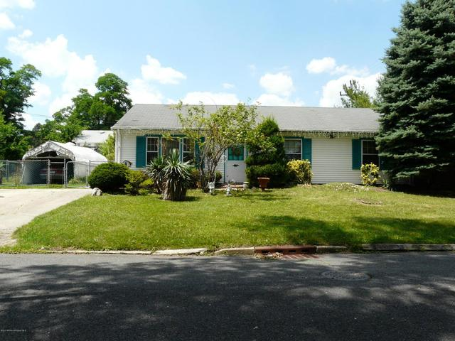 231 Brookside Ave, Laurence Harbor, NJ 08879
