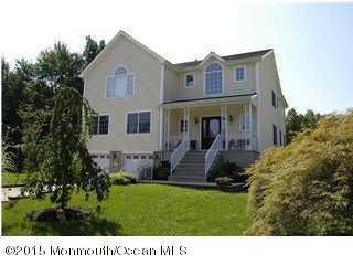 2 Flomar Ave, Middletown, NJ 07748