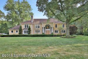 5 Willow Rd, Holmdel, NJ 07733