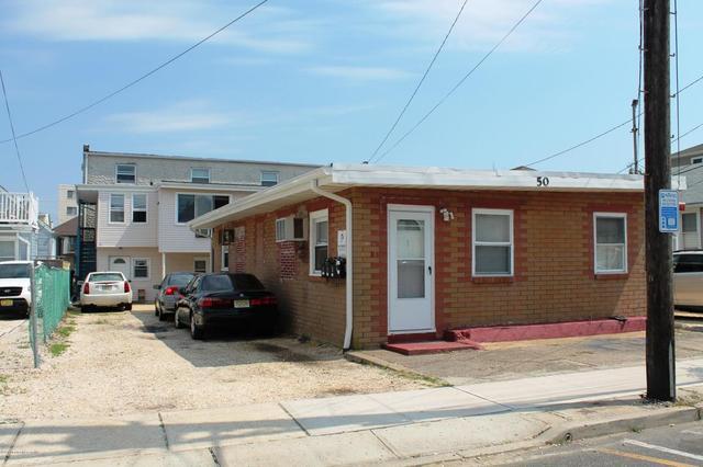 50 Carteret Ave, Seaside Heights, NJ 08751