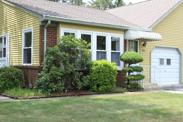 150 Sunset Rd #A, Whiting, NJ 08759