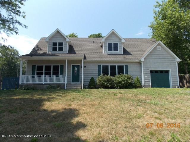 65 Pacific Ave, Barnegat, NJ 08005