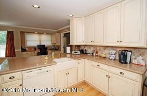 18 Algonquin Terrace, Millstone, NJ 08535