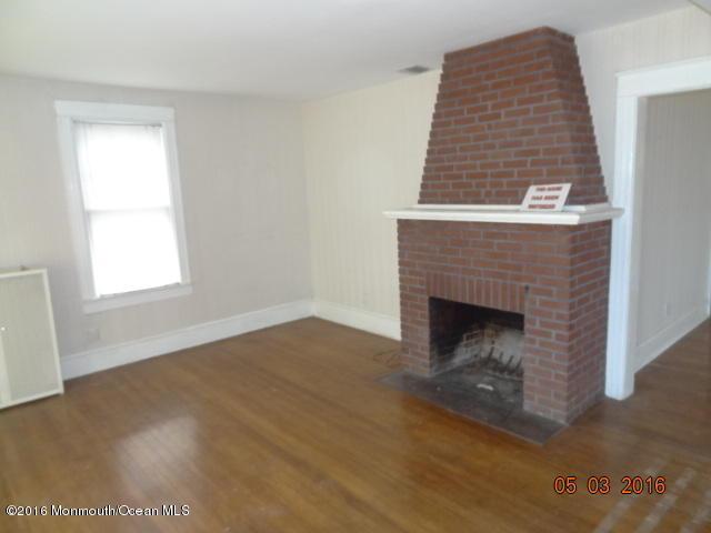 165 Broad Street, Keyport, NJ 07735