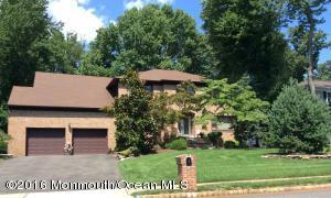 5 Emerald Dr, Morganville, NJ 07751