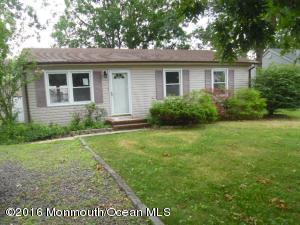 132 Bowsprit Rd, Manahawkin, NJ 08050