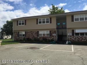 8 Maine Ct #C, Matawan, NJ 07747