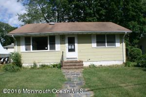 194 Maple Ave, Island Heights, NJ 08732