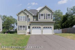 151 Morris Ave E, Middletown, NJ 07748