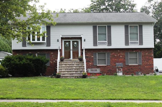 34 Hickory Hill Rd, Jackson, NJ 08527