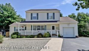 101 Silverwood Ct, Toms River, NJ 08753