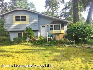 298 Prospect St, Lakewood, NJ 08701