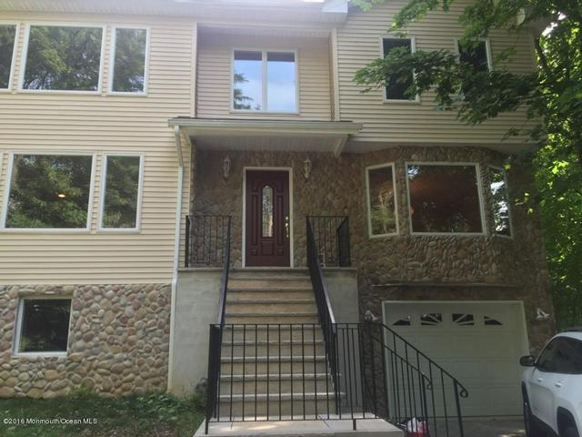 51 S Peak St, Highlands, NJ 07732