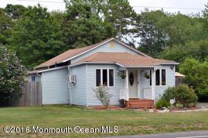 521 Coolidge Ave, Toms River, NJ 08753