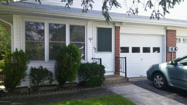 262 Laurel Ct #D, Whiting, NJ 08759