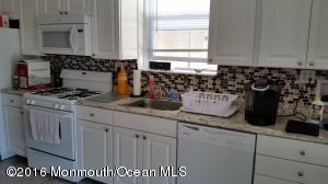 8005 Long Beach Blvd, Beach Haven, NJ 08008