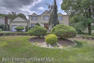 30 Scott Drive, Morganville, NJ 07751